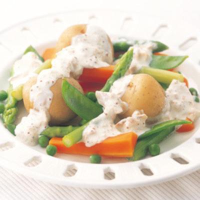 茹で野菜のツナマスタードソース