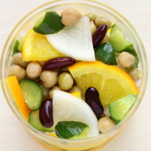 ミックスビーンズと野菜のピクルス